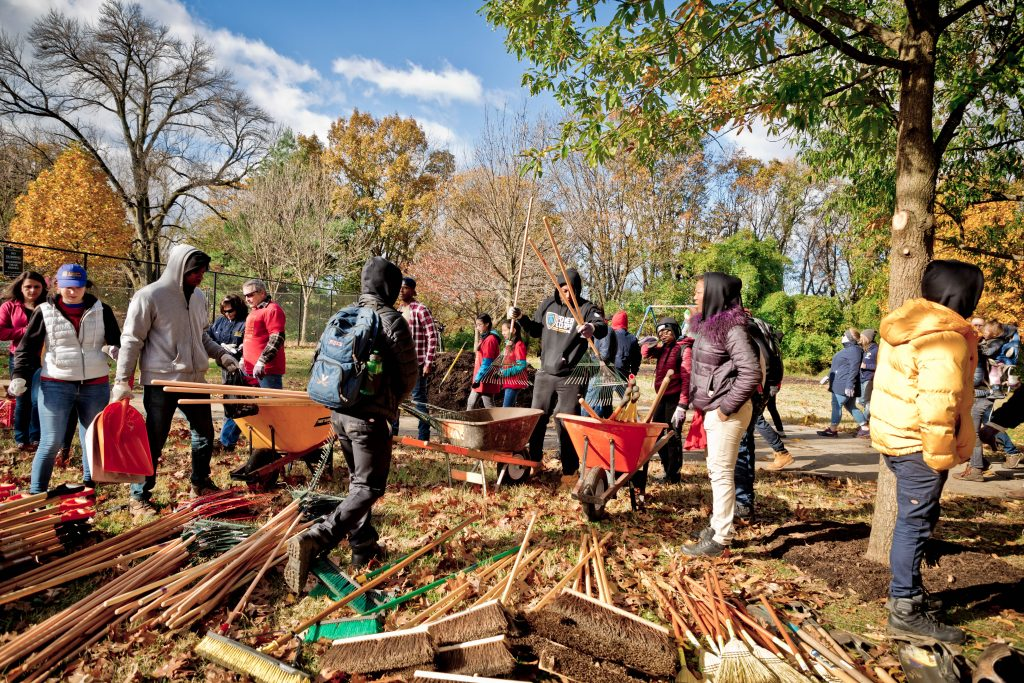 These Philly parks still need volunteers for Love Your Park Thumbnail