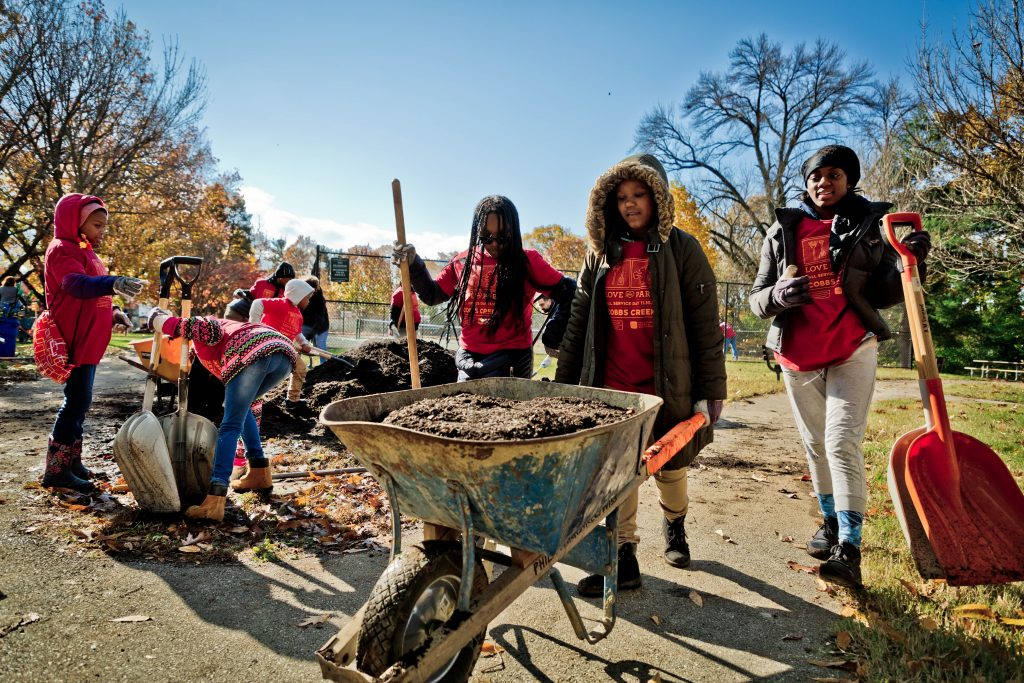 Relive the largest Love Your Park Fall Service Day, in 20 great photos Thumbnail