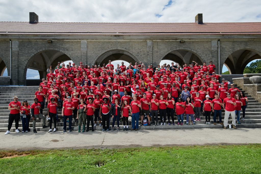 FDR Park gets spruced up with help from nearly 200 Accenture volunteers Thumbnail