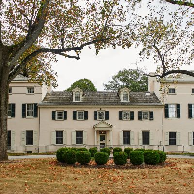 Virtual Tour of Woodford and Historic Strawberry M...