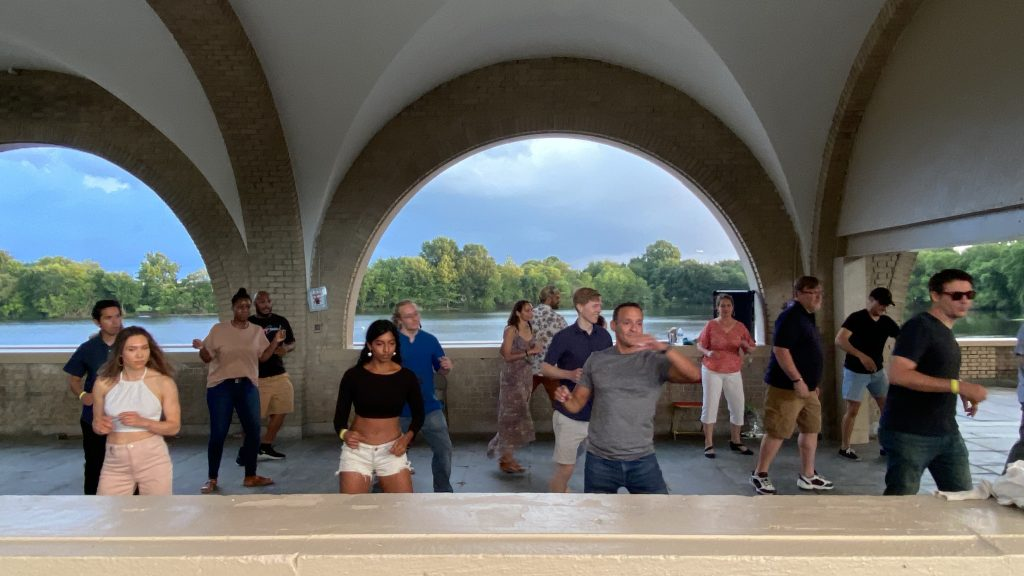 Canceled: ¡BAILAR en FDR! Salsa Class & Social Dance Thumbnail